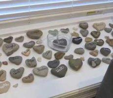 TWIT-CH-heart-stones
