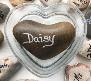 Daisy Memory Stone